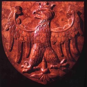 Orzeł z sarkofagu Władysława Jagiełły na Wawelu. Źródło: Wikipedia, domena publiczna